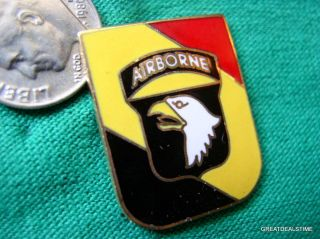 101st Screaming Eagle Logo Shield Patriotic Military Hat Lapel Pin
