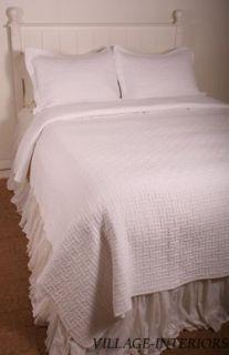 Metro Hotel Squares Bright White Matelasse Oversize King Quilt
