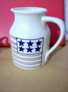 HARTSTONE POTTERY PATRIOTIC AMERICAN FLAG PITCHER USA 1990 SIGNED JULY