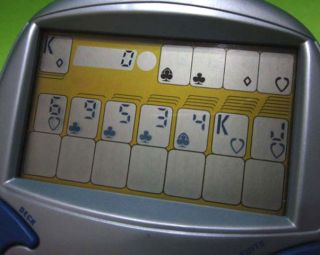 RADICA BIG SCREEN SOLITAIRE ELECTRONIC HANDHELD CARD GAME *WORKS*