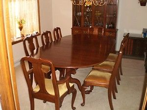 Henkel Harris Dining room set, table, 8 chairs, china cabinet