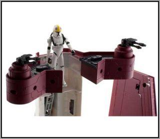 Hasbro Star Wars The Clone Wars Deluxe Republic Attack Shuttle MISB in