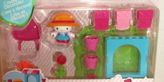 Hello Kitty Flower Garden by Mega Bloks Brand New