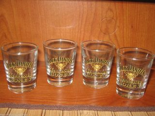 Tennessee Honey Bee Logo Whiskey Shot Glasses Set of 4 Bar Liquor