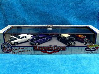 Hot Wheels Reggies Cars 4 Car Set Hot Rods Series 2 with Display Case