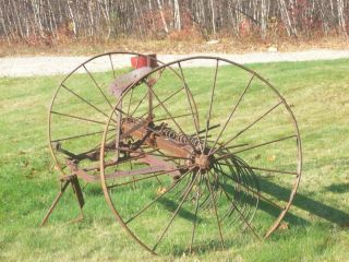 1800S Horse Drawn Hay Rake Vintage Antique Farm Equipment JOHN DEERE