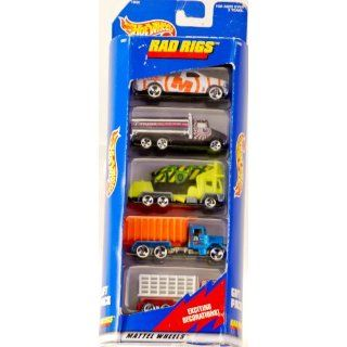 Trucks   1:64 Scale Die Cast Metal   New   Collectible: Toys & Games