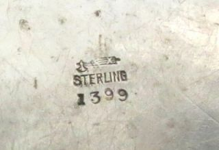 STERLING SILVER OLD MOTHER HUBBARD CHILDS PLATE, MEASURING 6 3/8
