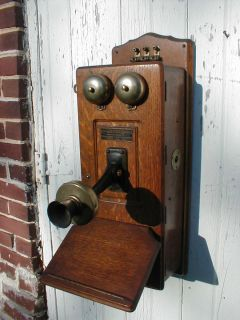 Antique JULIUS ANDRAE SONS OAK WALL TELEPHONE FOR PARTS OR RESTORATION