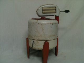 Vintage Tin Wolverine Toy Wringer Washer Machine Doll House