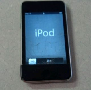 iPod Touch 3rd Generation 32 GB Screen Problem Works Great