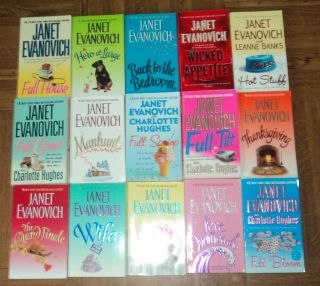 Janet Evanovich Romance Paperback Book Lot of 15 Great Sexy Reads L