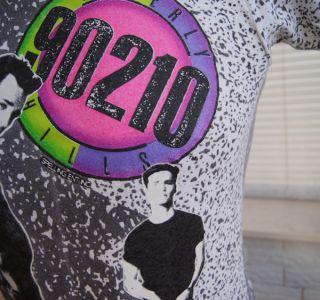 90210 T Shirt Small 90s Neon TV Luke Perry Jason Priestley