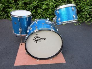 GRETSCH ROUND BADGE PROGRESSIVE JAZZ DRUM SET 20 12 14 BLUE GLASS