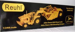 John Deere 840 Diesel 400 Elevating Scraper