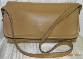 Coach Vintage Camel Leather Flaptop Handbag Purse Shoulderbag GUC
