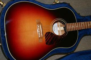Pre Owned Gibson John Hiatt Signature J 45 2010 100 Mint Condition Look
