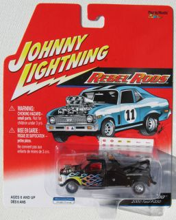 Johnny Lightning Rebel Rods Tow Nado 2000 Ford F 550 Tow Truck Rubber Tires