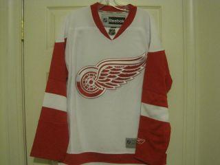 NHL REEBOK Detroit Red Wings Hockey Jersey New XL