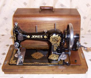 1930's Jones Family CS Hand Crank Sewing Machine