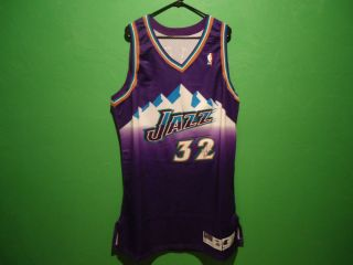 Karl Malone autographed Utah Jazz jersey PSA DNA authenticated B05359