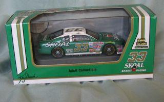 Scale NASCAR 1997 Ken Schrader Skoal Bandit Racing Monte Carlo