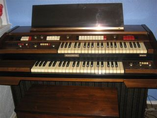 Baldwin Organ with 2 Keyboards