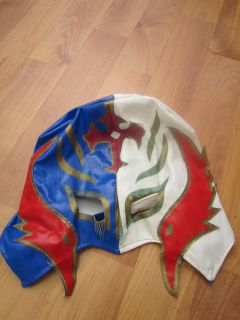 RARE WWE Kids Rey Mysterio Wrestling Mask