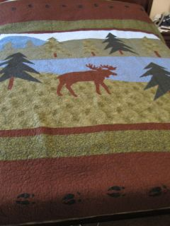 King Quilt 112 X 96 Oversized Moose tracks Wilderness Quilt 2 pillows