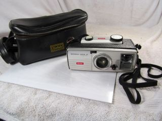 Vintage Kodak Brownie Super 27 Film Camera w Carrying Case