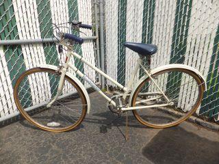 WOMENS 3 SPEED BIKE CAPE COD ROADMASTER Three Speed Bicycle Shimano