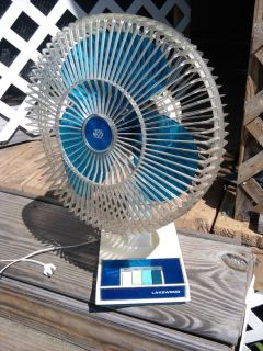 Lakewood 12 Desk Fan Model 1200 3 Speed Looks and Runs Great