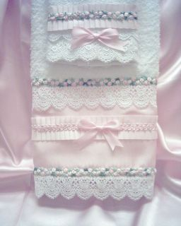 Chic Cottage Look Hand Towel w Washcloth Venise Lace Pink Satin