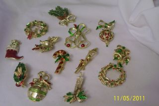 Large Lot Christmas Pins Brooches Gerrys All Signed