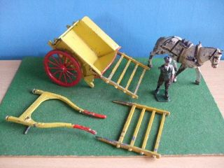 Vintage Lead Britains Hill Horse Drawn Farm Cart Farmers Boy Lotj