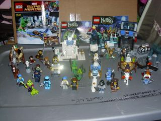 22 LEGO AVENGERS,LoTR,NINJAGO,MONSTERS MINI FIGURE & SETS LOT