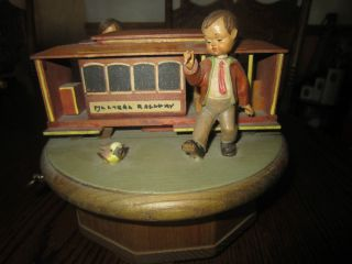 ANRI WOOD MUSIC BOX, BOY , GIRL, DOG, TROLLEY, I LOST MY HEART IN SAN