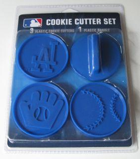Los Angeles Dodgers Logo Ball Glove Cookie Cutter Set