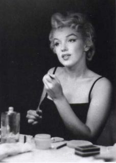 Marilyn Monroe Photograph by Sam Shaw Make Up Mirror Fashion Natural