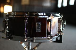 Mapex Black Panther Series 13 x 5 5 Cherry Bomb Snare Drum with Bag