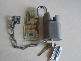 Sargent and Greenleaf Medeco Model 833 High Security Padlock