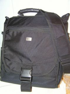 Case Logic Messenger Style Vertical Compact Notebook Laptop Carrying