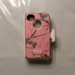 iPhone 4 4S Otterbox Defender Series Pink Real Tree Camo w Belt Clip