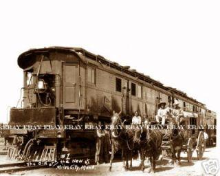 MILES CITY MONTANA MT STAGECOACH C.M.& ST.PAUL RAILROAD TRAIN COWBOY