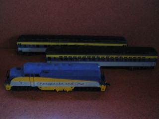 AHM HO Scale Chesapeake and Ohio Engine and Passenger Cars