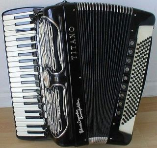 Palmer Convertor Cosmopolitan FreeBass Accordion/Acco rdian, Excellent