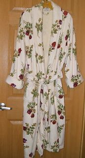 Aegean Apparel Cream Turkish Terry Robe Bathrobe ROSES Rosebuds EUC