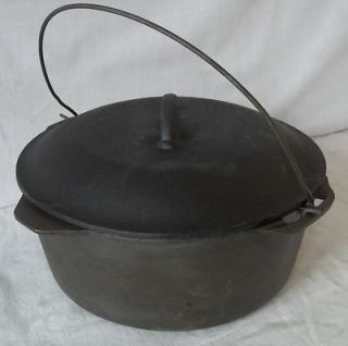 ANTIQUE CAST IRON 10 KETTLE BEAN COWBOY CAMP FIRE POT DUTCH OVEN W