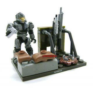Mega Bloks Halo Reach Figure Unsc Silver CQB Spartan Marine Weapons