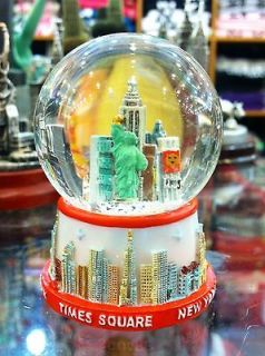 45 mm New York City Snow Globe, Red Base, Colored Landmarks, Small